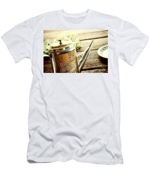 Olio D'oliva  Men's T-Shirt (Athletic Fit)