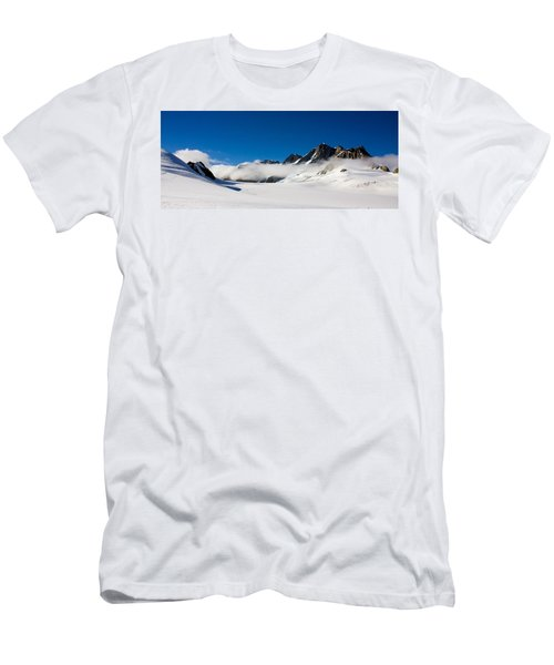 On Fox Glacier Men's T-Shirt (Athletic Fit)