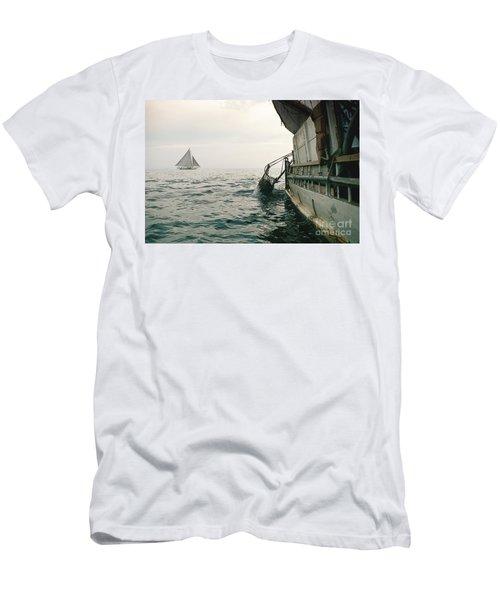 Oyster Dredging Men's T-Shirt (Athletic Fit)