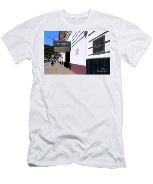 Penn Traffic Bldg - Johnstown Pa Men's T-Shirt (Athletic Fit)