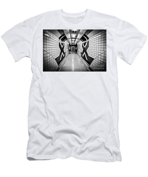 Piccadilly Circus Subway Men's T-Shirt (Athletic Fit)