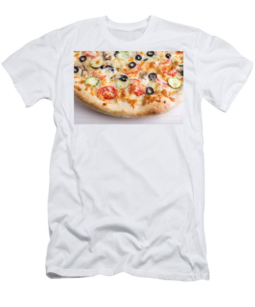 Pizza With Cheese And Vegetables Men's T-Shirt (Athletic Fit)
