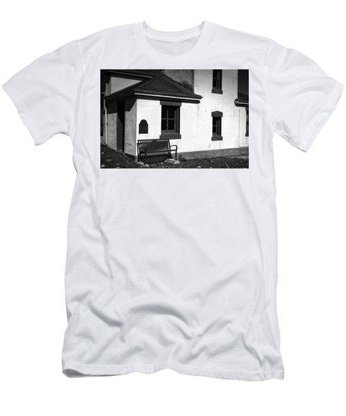 Port Wilson Lighthouse Bench Bw Men's T-Shirt (Athletic Fit)