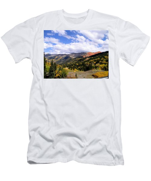 Red Mountain Pass Men's T-Shirt (Athletic Fit)