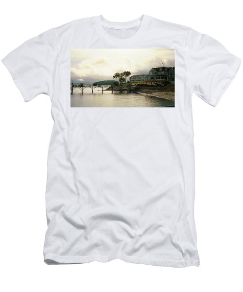 Resort In Bar Harbor Men's T-Shirt (Athletic Fit)