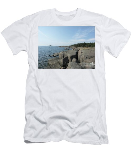 Rocky Seashore 2 In Hamina  Men's T-Shirt (Athletic Fit)