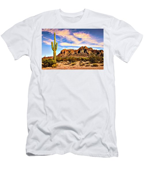 Saguaro Superstition Mountains Arizona Men's T-Shirt (Athletic Fit)
