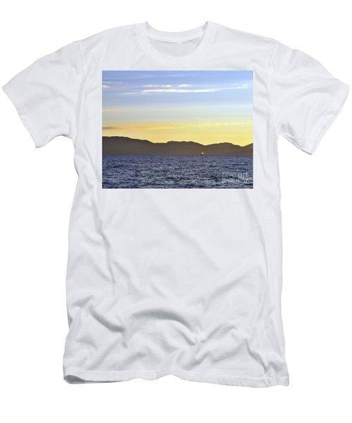 Sailing At Sunset - Lake Tahoe Men's T-Shirt (Athletic Fit)