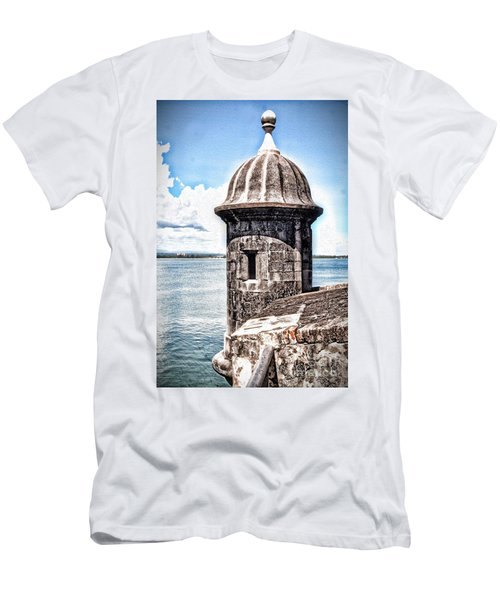 Sentry Box In El Morro Hdr Men's T-Shirt (Athletic Fit)