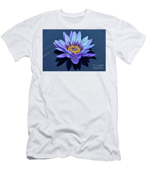 Single Lavender Water Lily Men's T-Shirt (Athletic Fit)