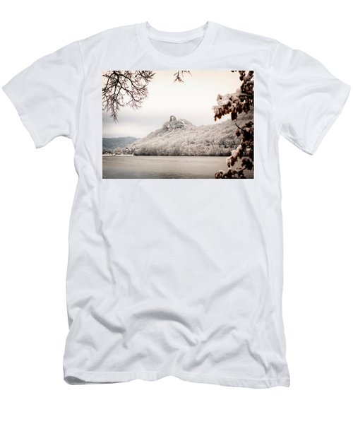 Snow Covered Sugarloaf Men's T-Shirt (Athletic Fit)