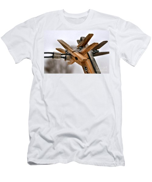 Winter Laundry Day Men's T-Shirt (Athletic Fit)