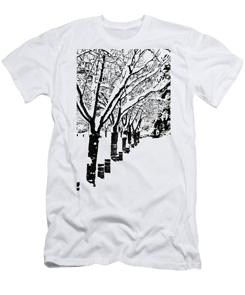 Snowy Walk Men's T-Shirt (Athletic Fit)