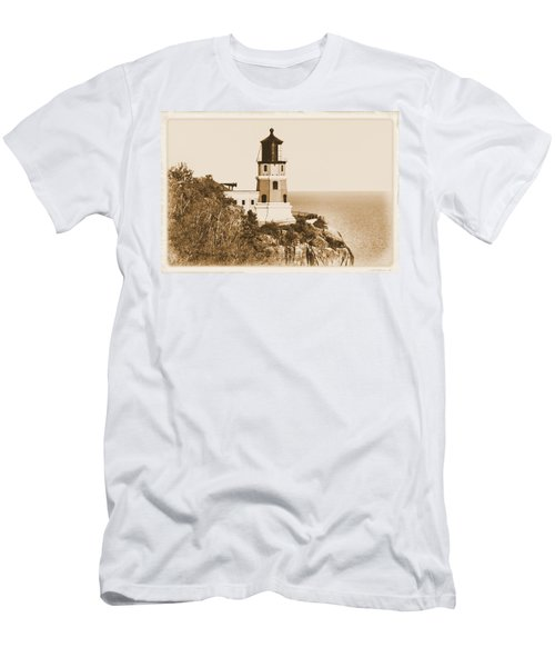 Split Rock Lighthouse Men's T-Shirt (Athletic Fit)