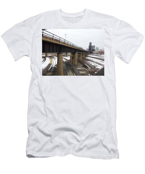 St. Charles Airline Bridge Men's T-Shirt (Athletic Fit)