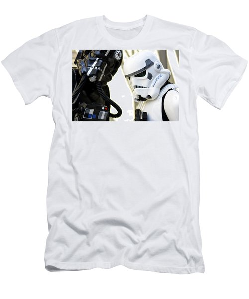 Star Wars  Men's T-Shirt (Athletic Fit)