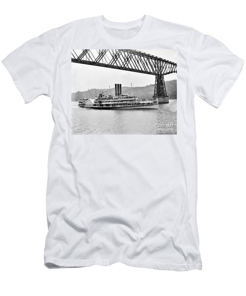 Steamer Albany Under Poughkeepsie Trestle Black And White Men's T-Shirt (Athletic Fit)