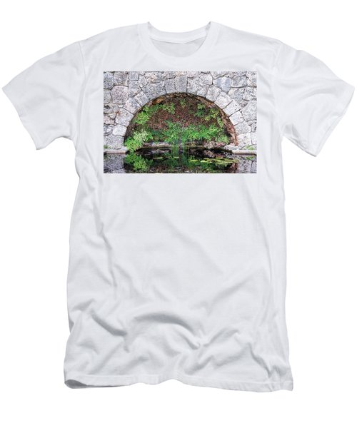 Stone Arch Men's T-Shirt (Athletic Fit)