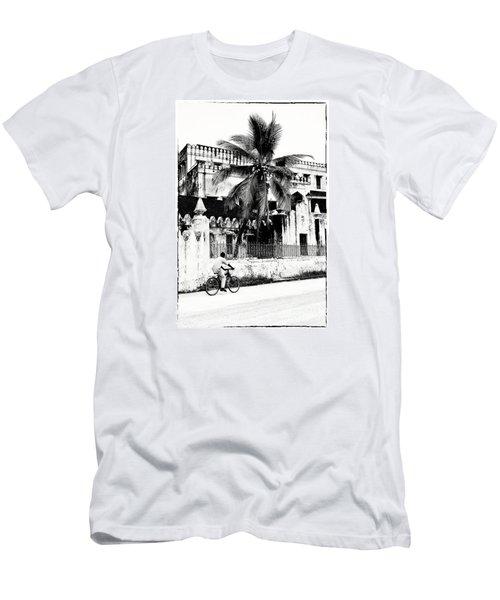 Tanzania Stone Town Unguja Historic Architecture - Africa Snap Shots Photo Art Men's T-Shirt (Slim Fit)