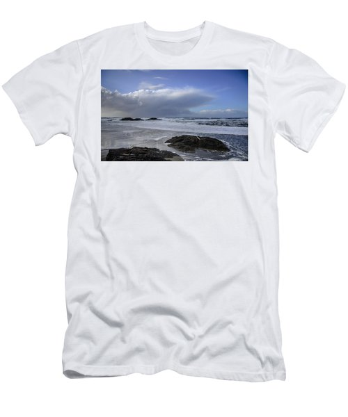 Storm Rolling In Wickaninnish Beach Men's T-Shirt (Slim Fit) by Roxy Hurtubise