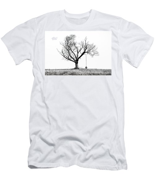 The Playmate - Old Tree And Tire Swing On An Open Field Men's T-Shirt (Slim Fit)