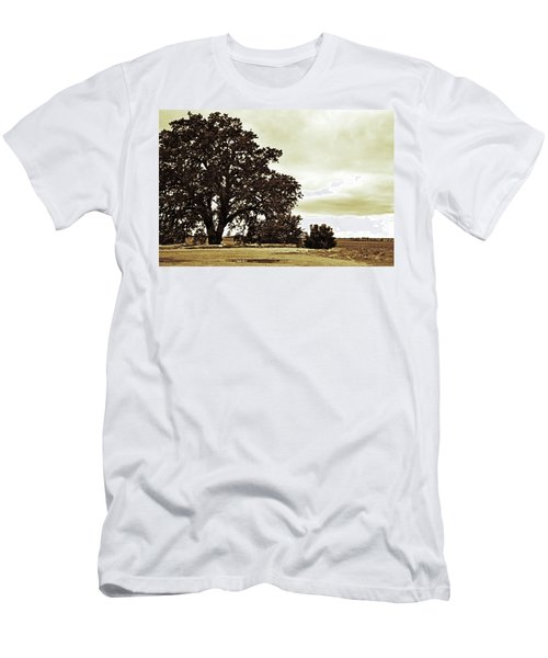 Tree At End Of Runway Men's T-Shirt (Athletic Fit)