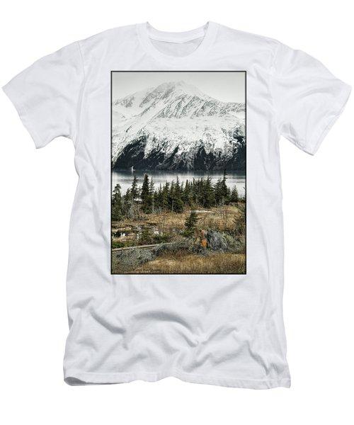 Turnagain Arm  Men's T-Shirt (Athletic Fit)