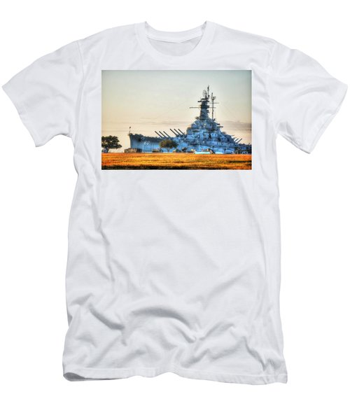 Uss Alabama Men's T-Shirt (Athletic Fit)