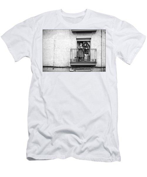 Women In Balcony Men's T-Shirt (Athletic Fit)