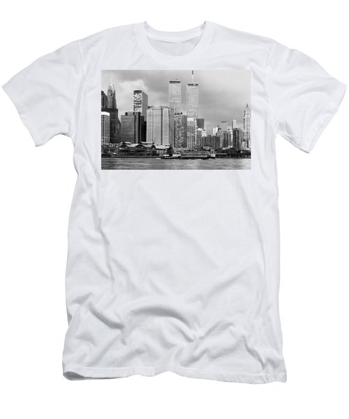 New York City - World Trade Center - Vintage Men's T-Shirt (Athletic Fit)