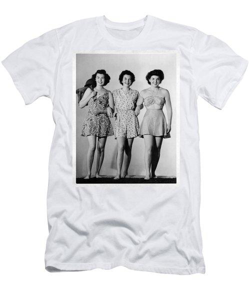 Wacs Ww 2 Series 03 Men's T-Shirt (Athletic Fit)