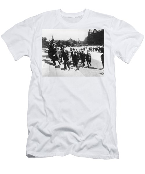 Wwi War Guilt Trial Men's T-Shirt (Athletic Fit)