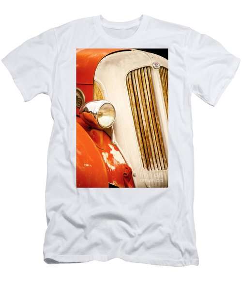1940's Seagrave Fire Engine Men's T-Shirt (Athletic Fit)