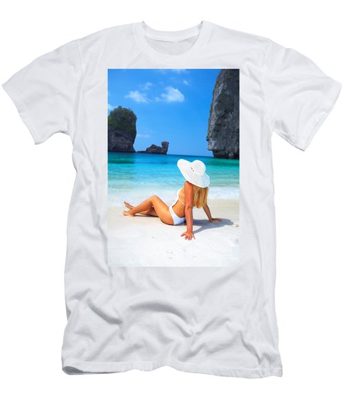 Woman On The Beach Men's T-Shirt (Athletic Fit)