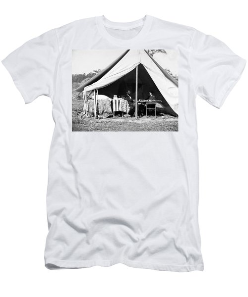 Men's T-Shirt (Slim Fit) featuring the photograph Abraham Lincoln Meeting With General Mcclellan - Antietam - October 3 1862 by International  Images