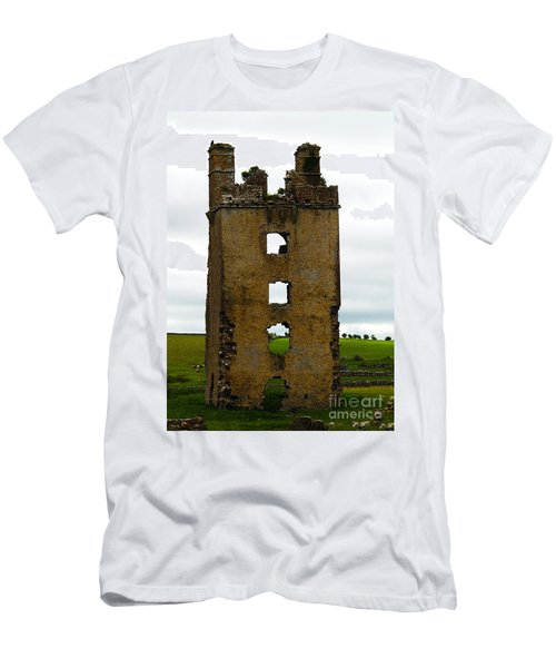 Ireland- Castle Ruins II Men's T-Shirt (Athletic Fit)