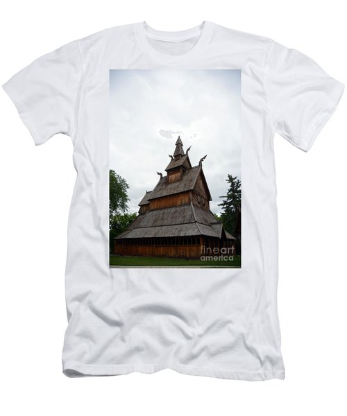 Moorhead Stave Church 26 Men's T-Shirt (Athletic Fit)