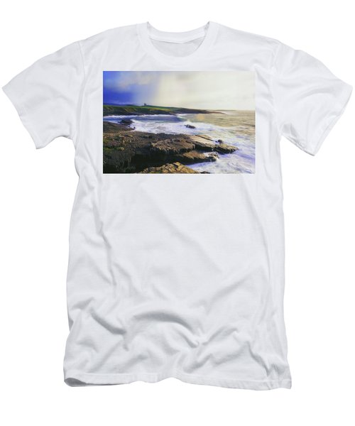 Mullaghmore, Co Sligo, Ireland Men's T-Shirt (Athletic Fit)