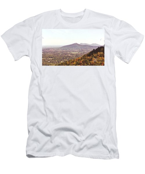 North Caolina Pilot Mountains Men's T-Shirt (Athletic Fit)