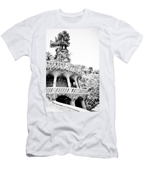 Park Guell Twists Men's T-Shirt (Athletic Fit)