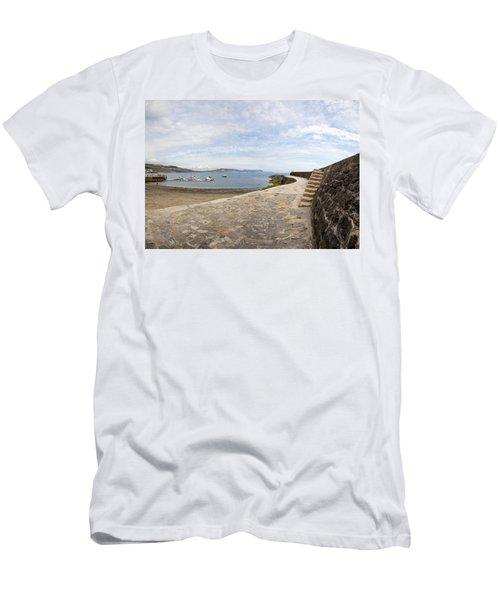 Harbour Wall Lyme Bay Dorset Men's T-Shirt (Athletic Fit)