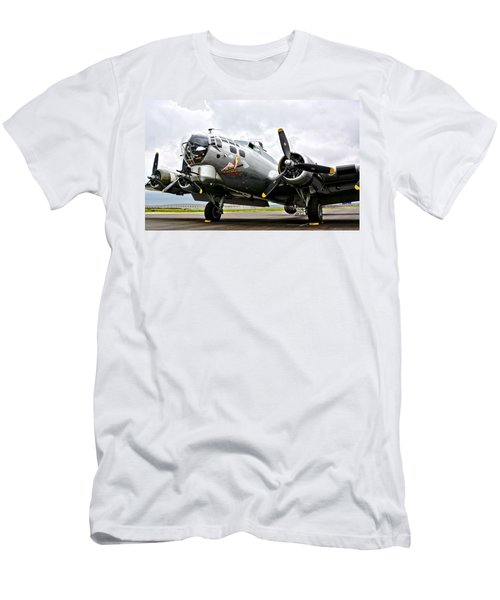 B-17 Bomber Airplane  Men's T-Shirt (Athletic Fit)