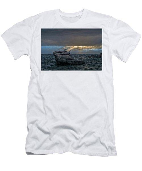 Breaking Light Men's T-Shirt (Athletic Fit)