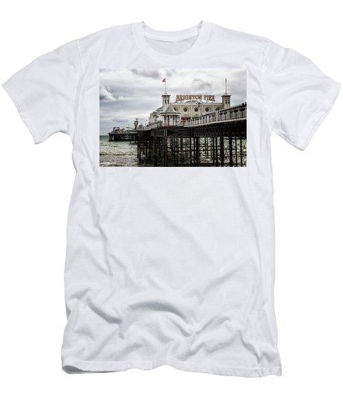 Brighton Pier Men's T-Shirt (Athletic Fit)