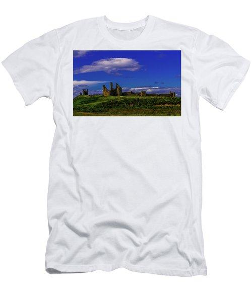 Dunstanburgh Castle Men's T-Shirt (Athletic Fit)