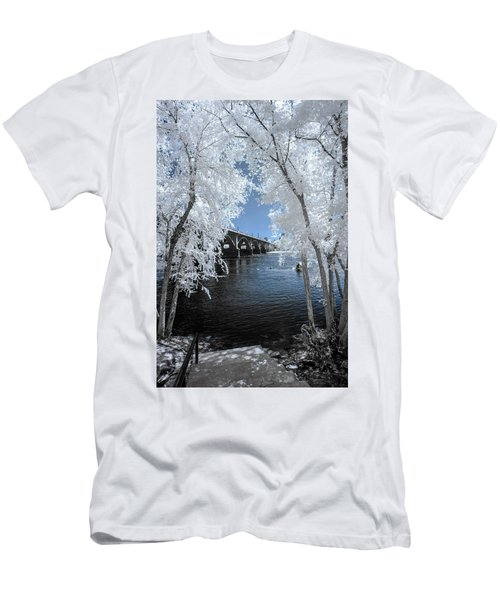 Gervais St. Bridge In Surreal Light Men's T-Shirt (Athletic Fit)