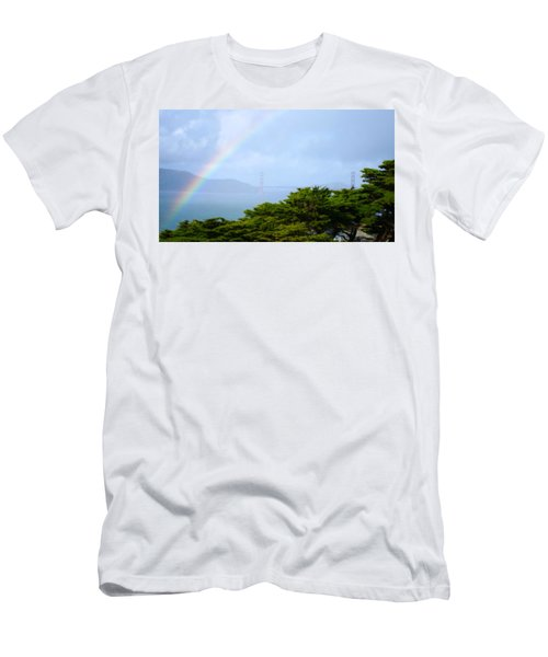 Golden Gate Bridge By Rainbow Men's T-Shirt (Athletic Fit)