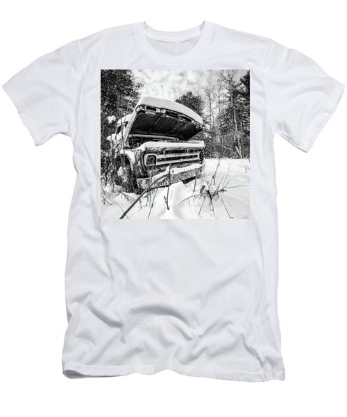 Old Abandoned Pickup Truck In The Snow Men's T-Shirt (Athletic Fit)
