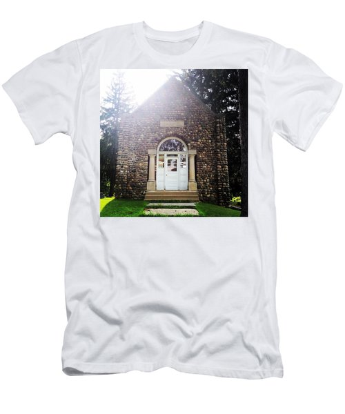 Riverside Cemetery Chapel Men's T-Shirt (Athletic Fit)
