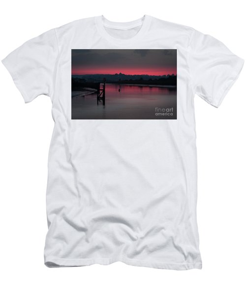 Sunset On The River Men's T-Shirt (Athletic Fit)
